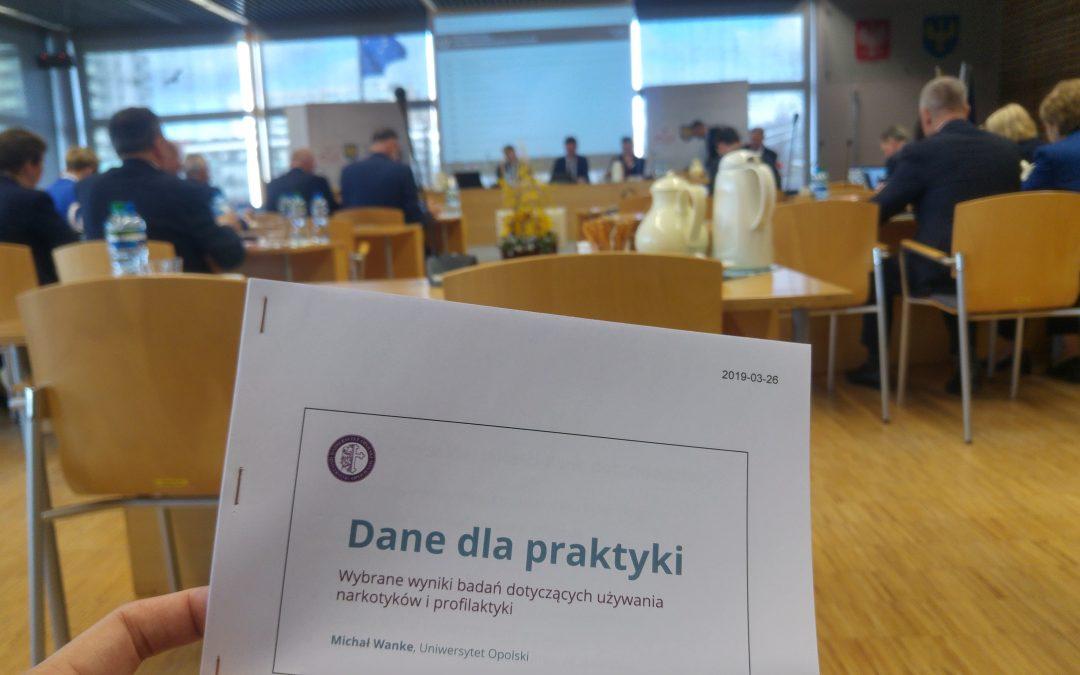 Dane dla praktyki – socjologia o narkotykach na sejmiku województwa opolskiego